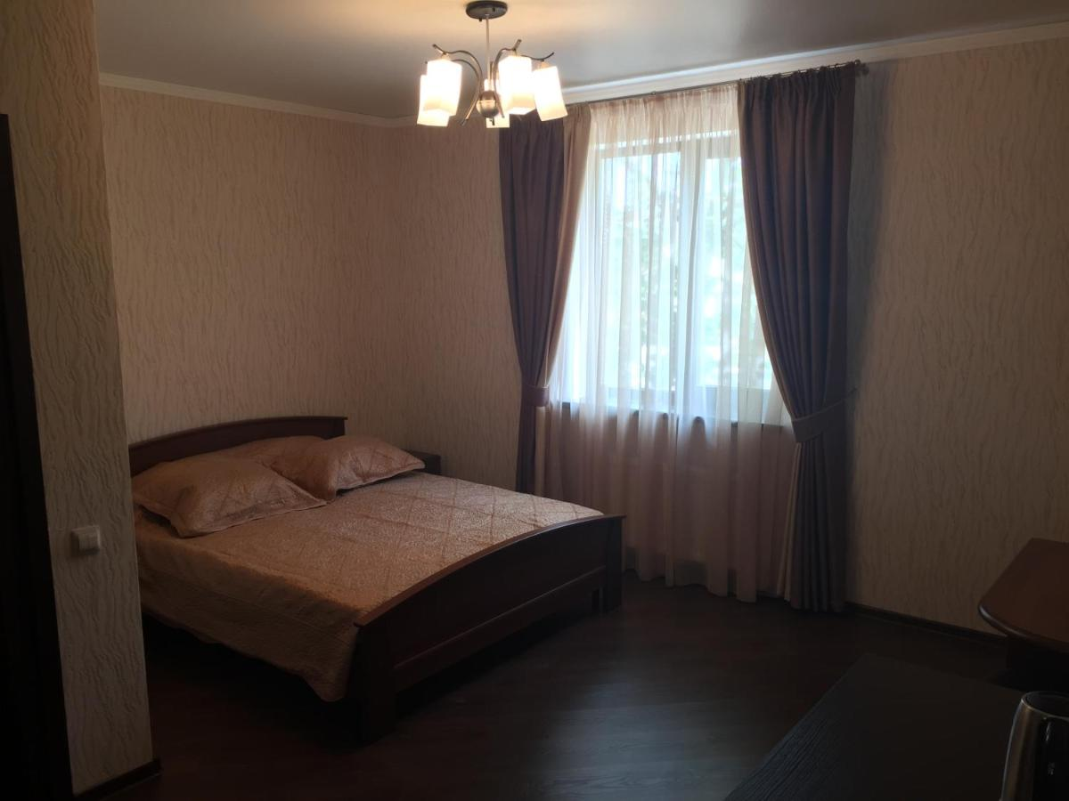Гостевой дом  Guest House On Fadeyeva 184