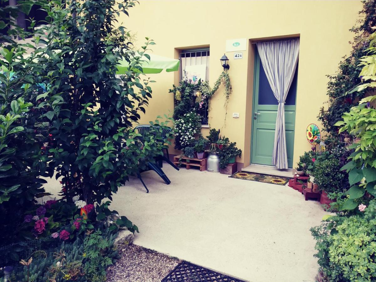 Отель типа «постель и завтрак»  B&B Peschi in Fiore  - отзывы Booking