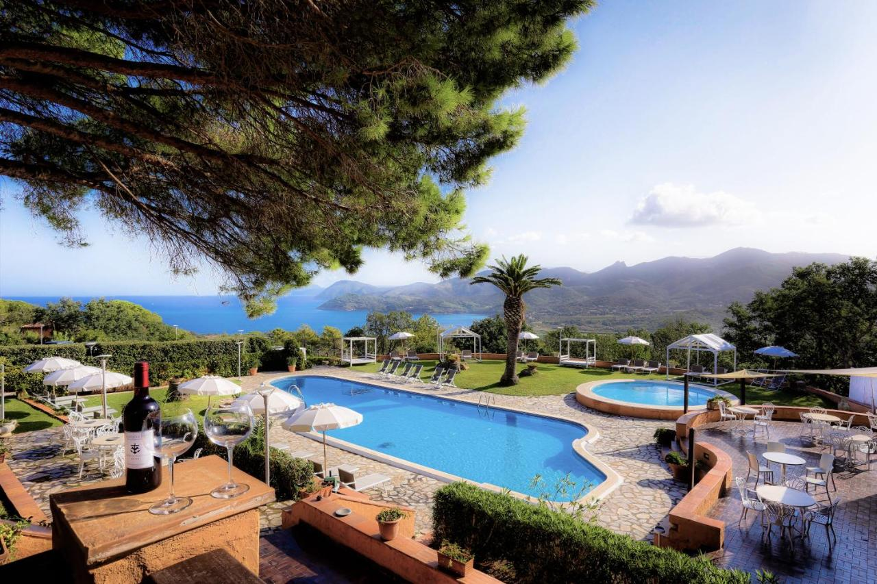Фото  Отель  Resort Le Picchiaie
