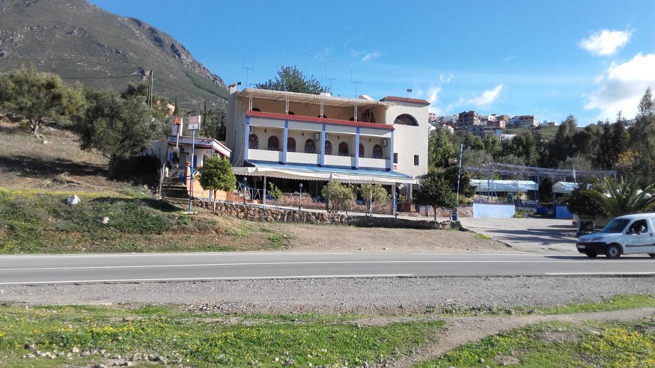 Отель  Touraghine Hotel & Cafe  - отзывы Booking