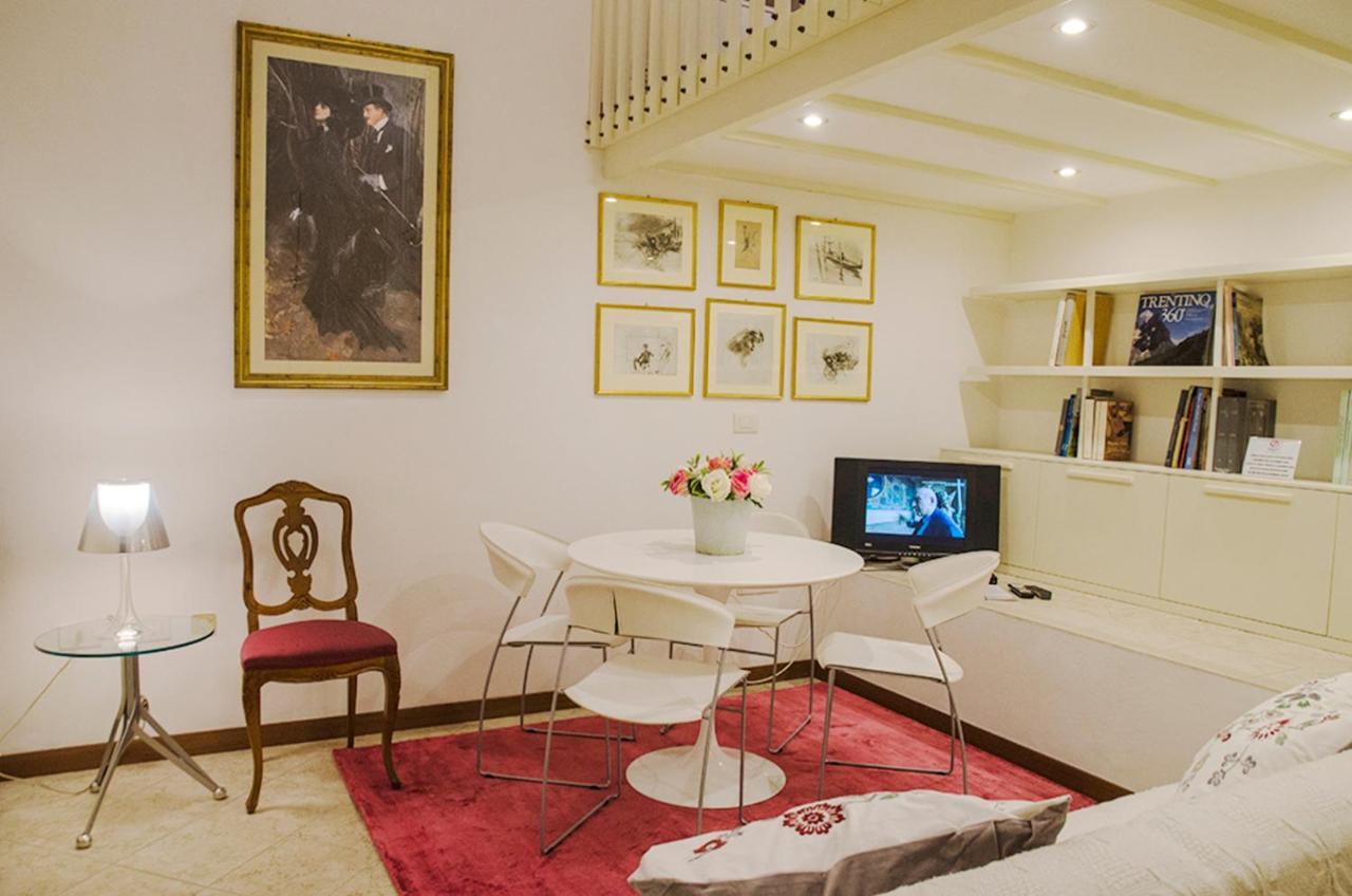 Апартаменты/квартира  Mini Chic Downtown  - отзывы Booking