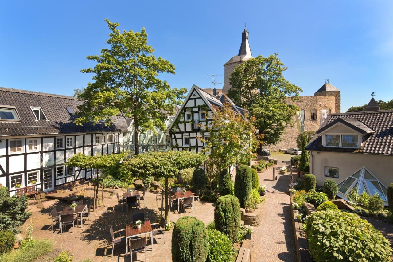 Malerwinkel Hotel, Bergisch Gladbach, Germany - Booking.com