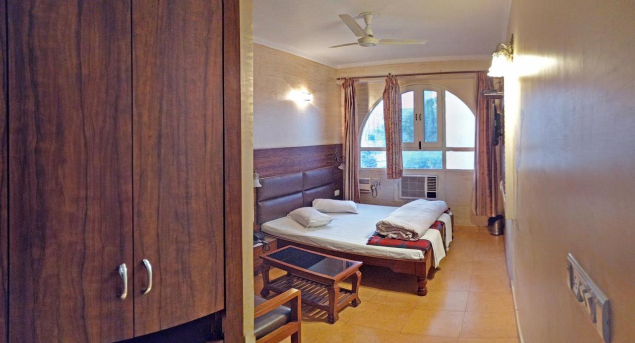 Отель Hotel Rangoli - отзывы Booking