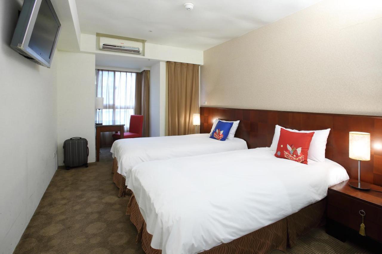 Отель  In One City Inn
