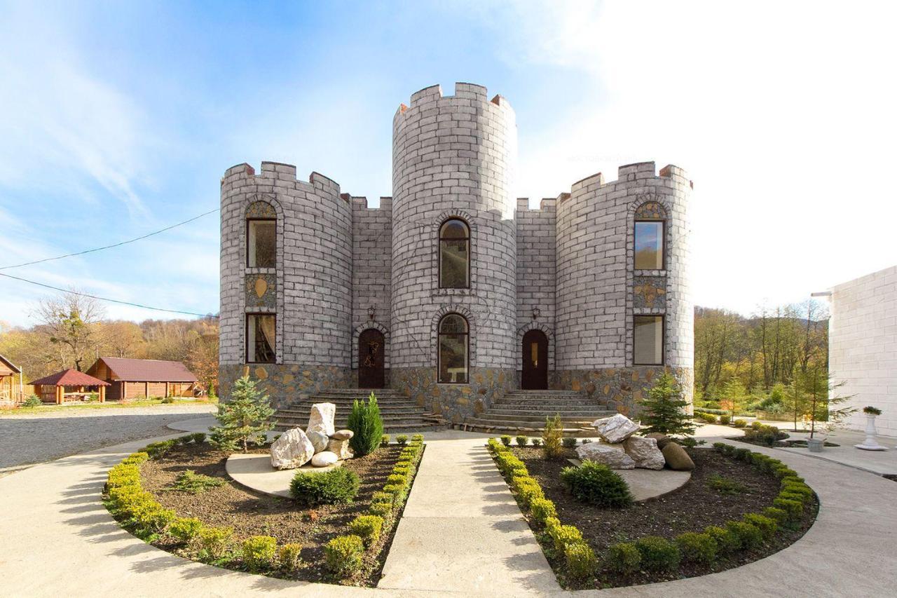 Гостевой дом  Замок Климовский
