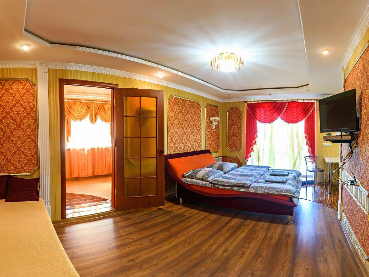 Апартаменты/квартира  John Howard Pub Central Apartment 2 room  - отзывы Booking