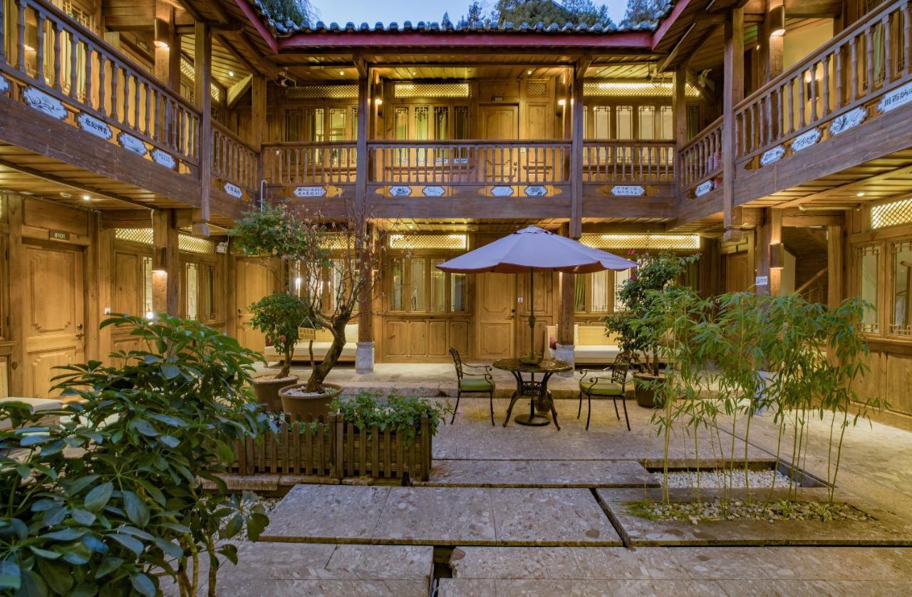 Отель  Lijiang Ivy Garden Resort Hotel  - отзывы Booking
