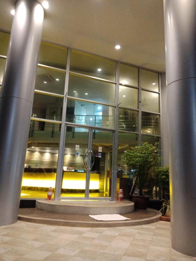 Отель  Отель  Neo Hatyai Hotel