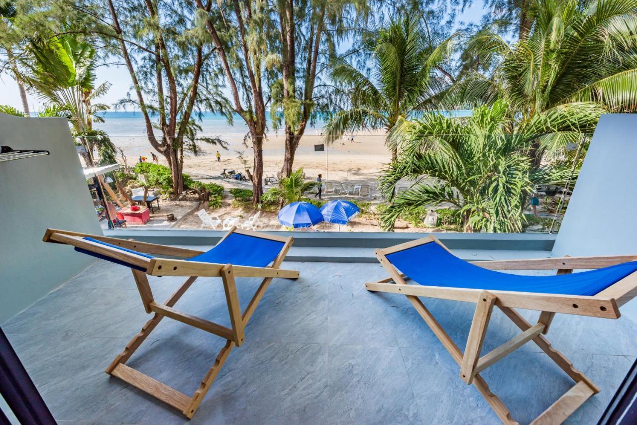 Курортный отель  Thai Kamala Beach Front