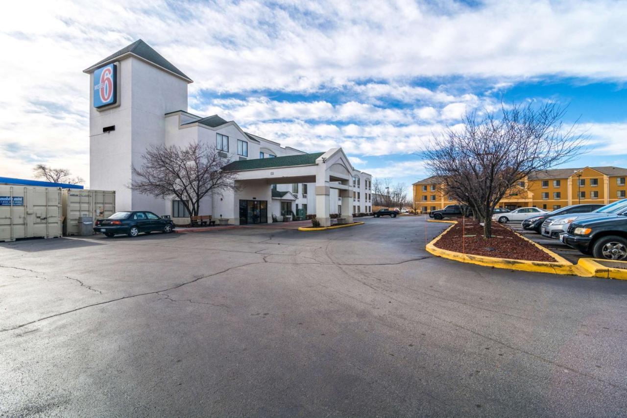 Отель  Motel 6-Harvey, IL
