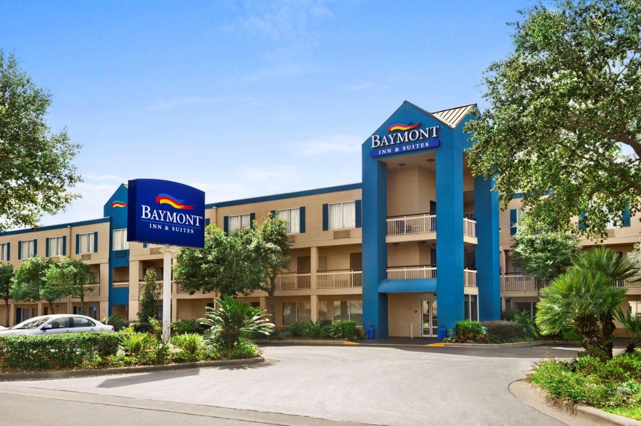 Отель  Baymont by Wyndham Gainesville  - отзывы Booking