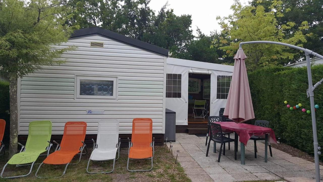 Кемпинг  MOBIL HOME climatise au pied port et plage du LAC BISCAROSSE  - отзывы Booking