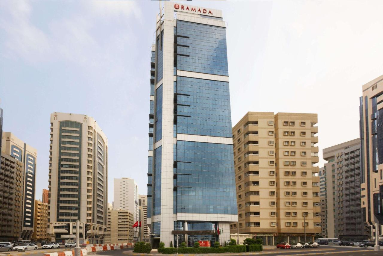 Отель  Отель  Ramada Abu Dhabi Corniche