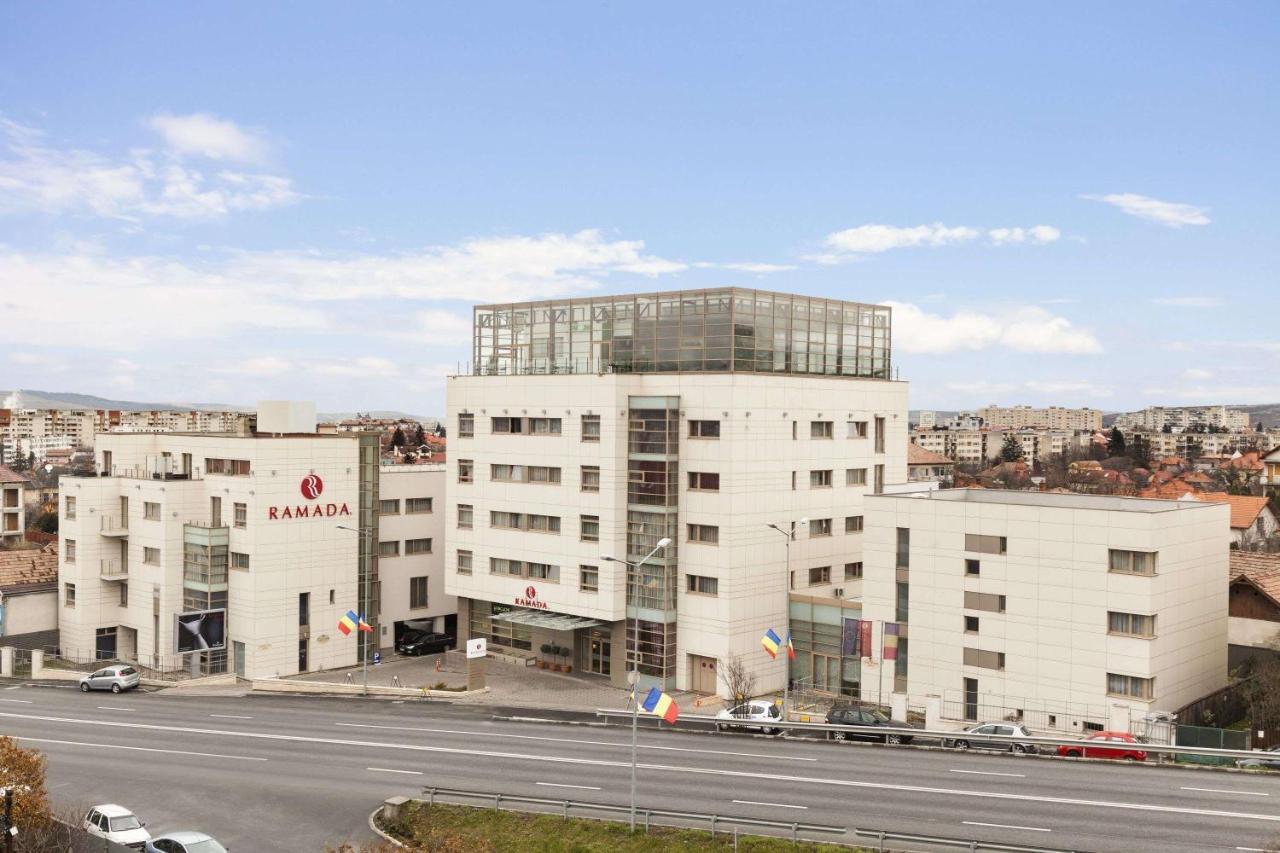 Отель  Отель  Ramada Hotel Cluj