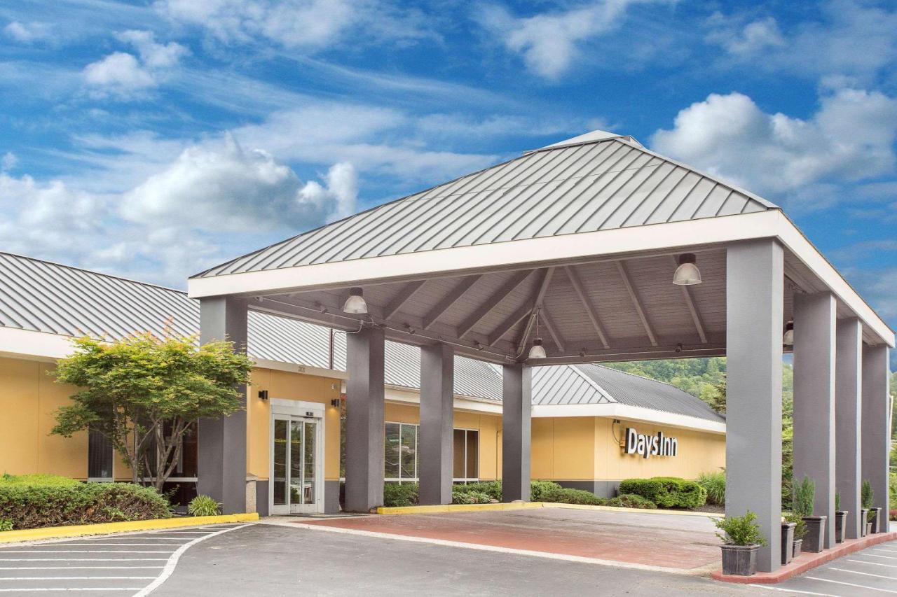 Отель  Отель  Days Inn By Wyndham Asheville/Mall