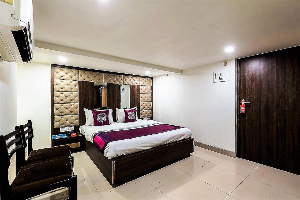Отель  Отель  Hotel Shelter Palace