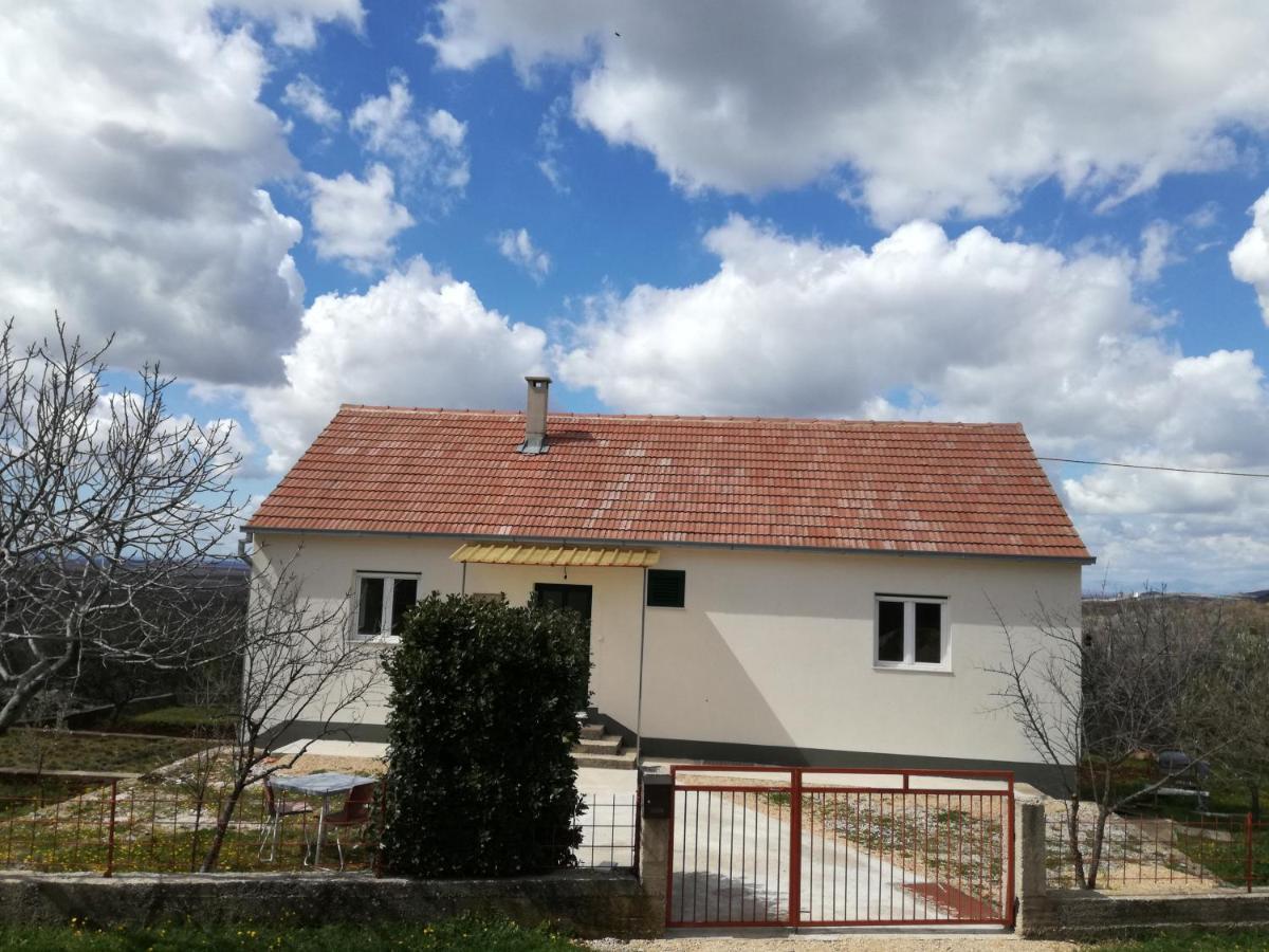 Дом для отпуска  Kuća za odmor Mile  - отзывы Booking