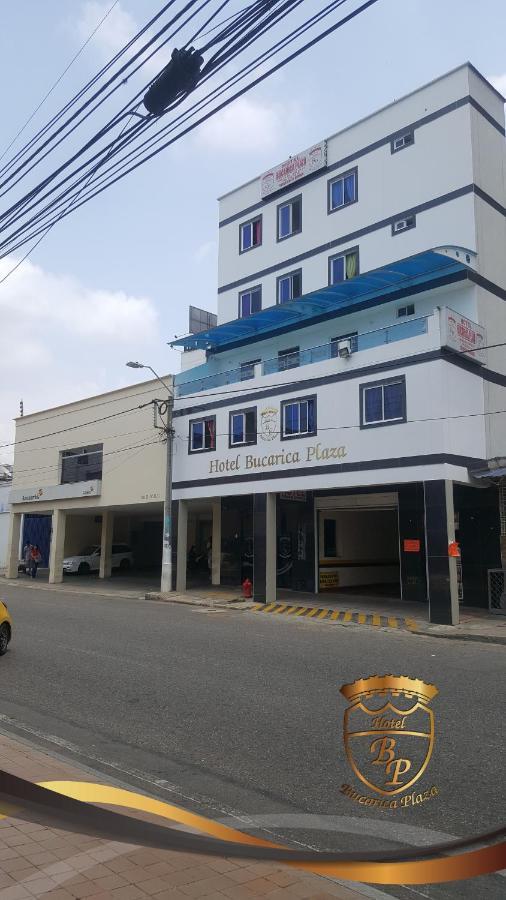 Отель  Отель  Hotel Bucarica Plaza