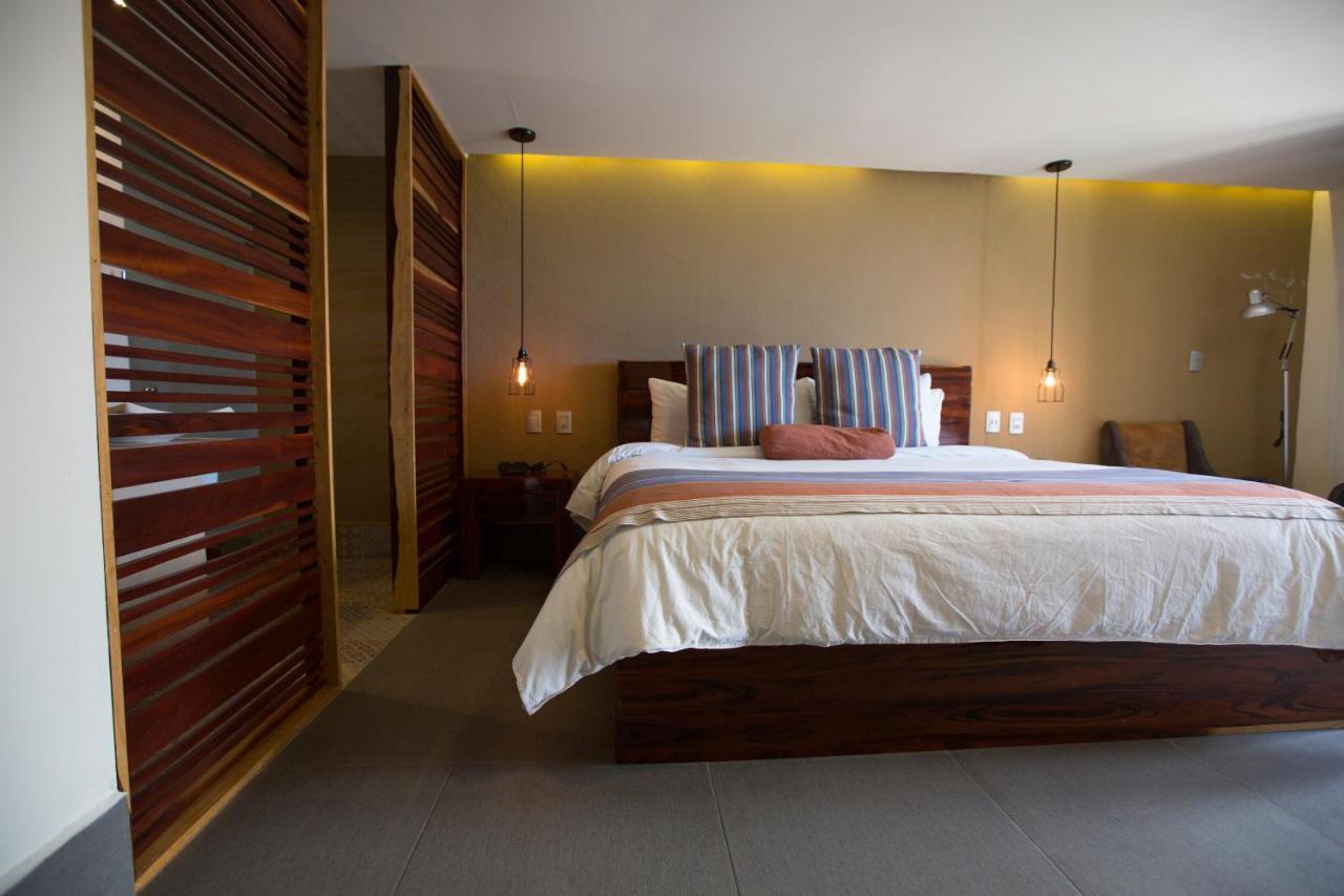 Отель  Hotel Helverica  - отзывы Booking