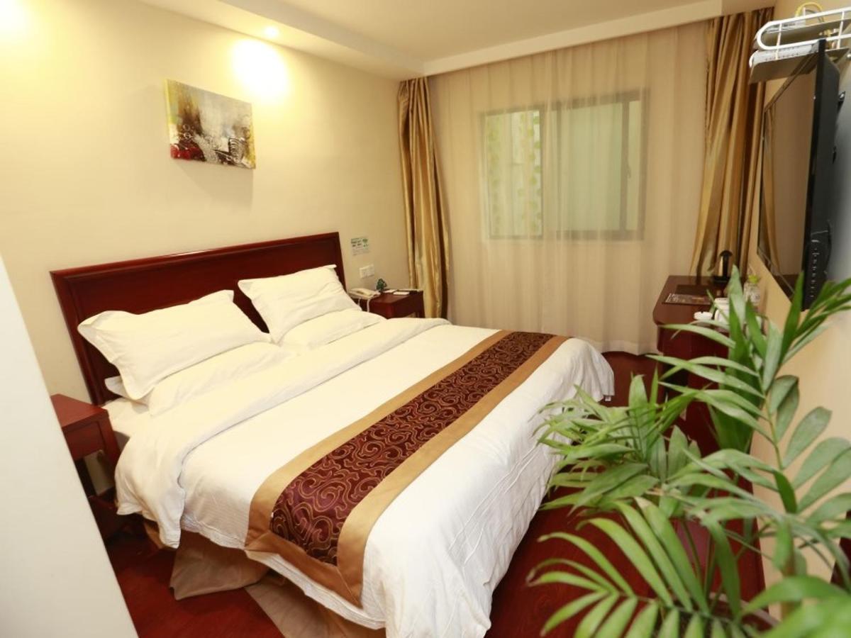 Отель Отель GreenTree Inn AnHui HeFei YaoHai Industrial District DangTu North Road Business Hotel