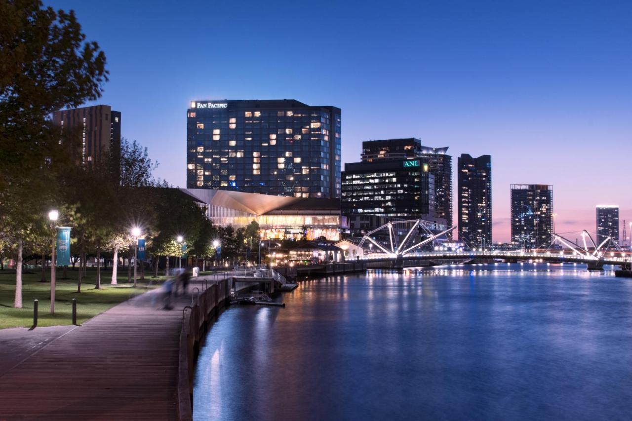 Отель  Pan Pacific Melbourne
