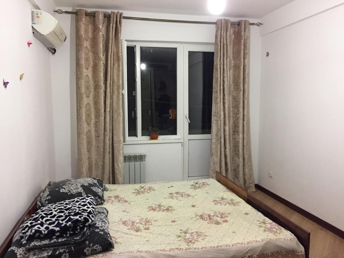 Апарт-отель  Апартаменты на Ленина