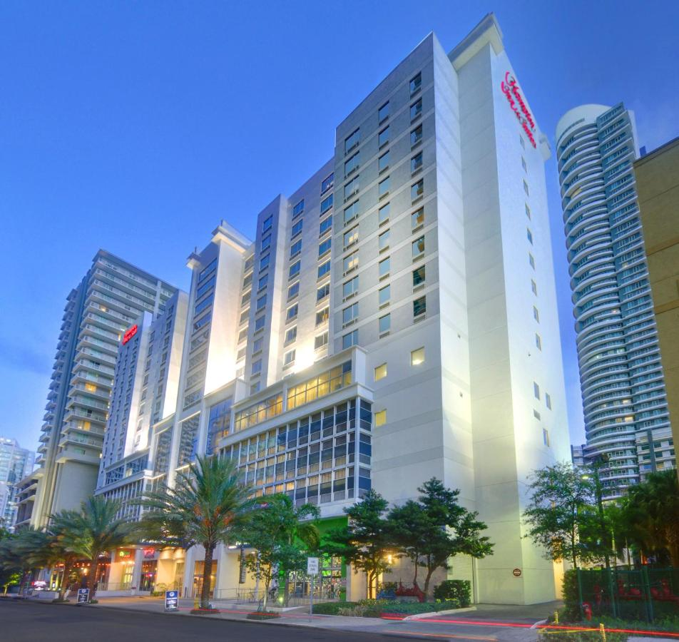 Отель  Hampton Inn & Suites By Hilton Miami Downtown/Brickell