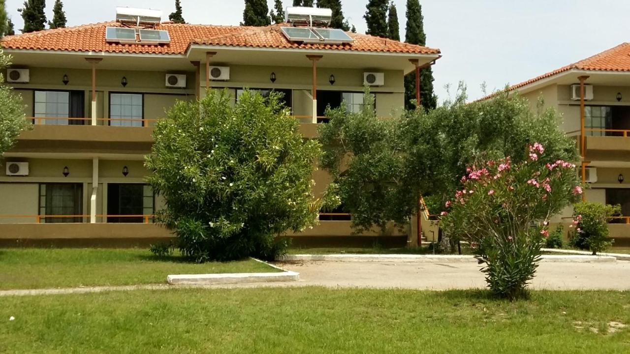 Отель Sithonia Village - отзывы Booking