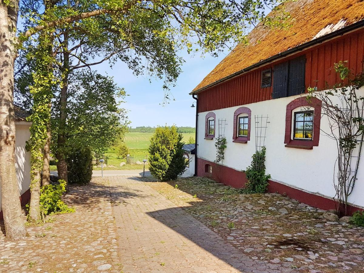 Отель  Gårdshotellet  - отзывы Booking