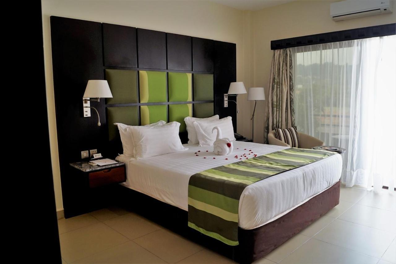 Отель  Отель  Best Western Premier Garden Hotel Entebbe