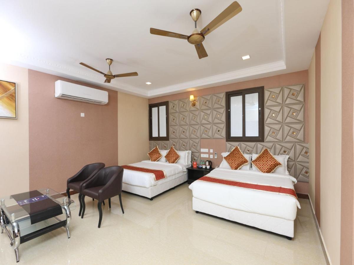 Отель  Hotel Sampath  - отзывы Booking