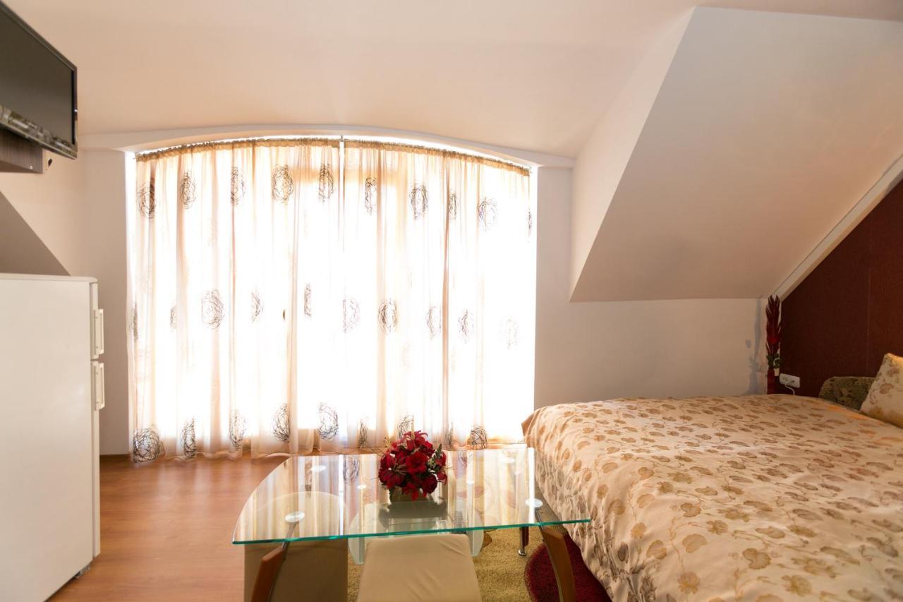 Гостевой дом  Guest Rooms Tivona  - отзывы Booking