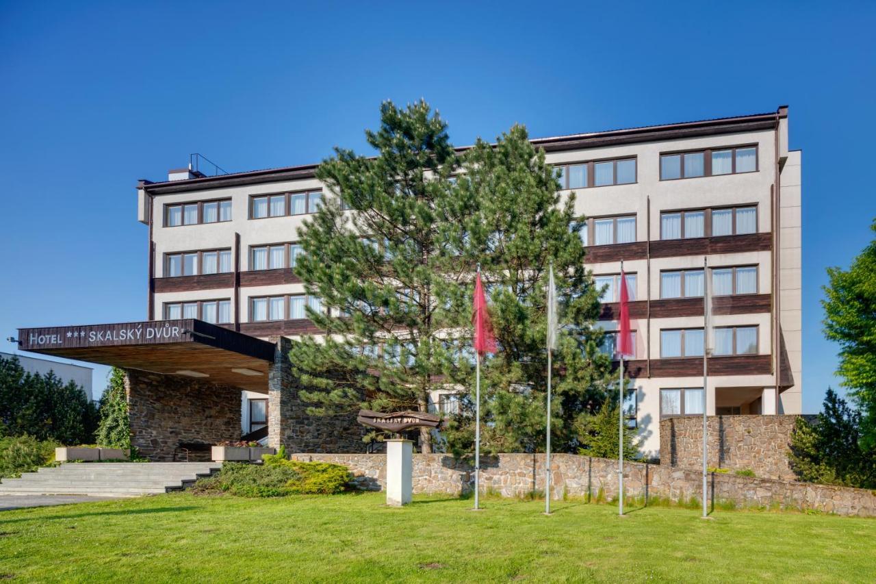 Отель  Hotel Skalsky dvur  - отзывы Booking