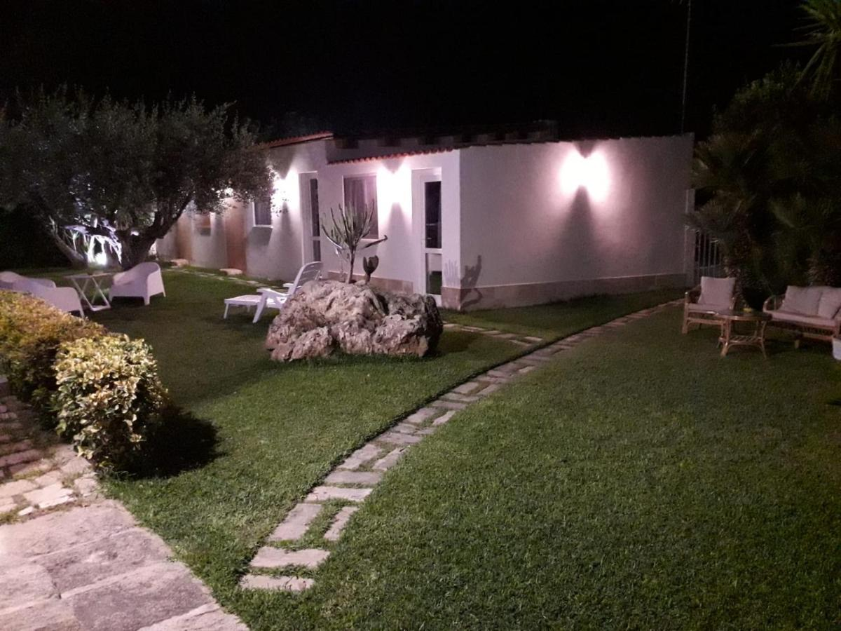 Отель типа «постель и завтрак»  La casetta di viale Paradiso  - отзывы Booking