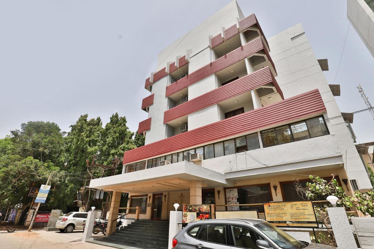 Отель Отель Hotel Royal