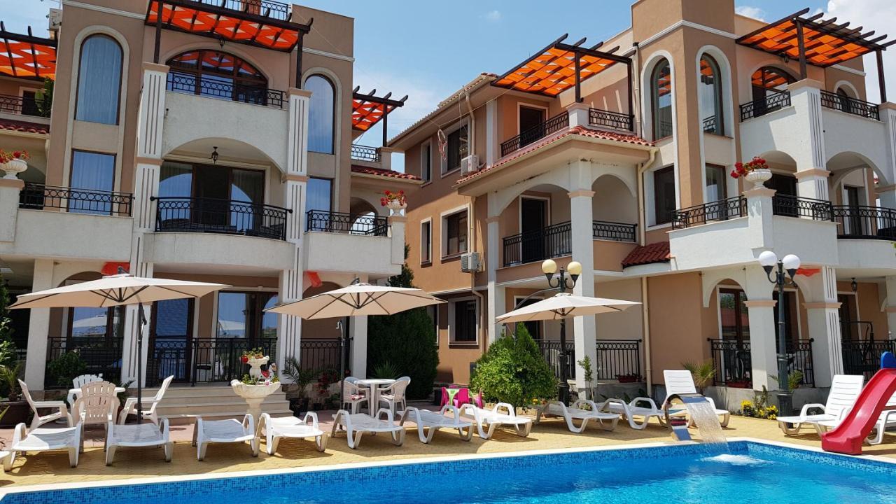 Апарт-отель  Brilliant Aparthotel  - отзывы Booking