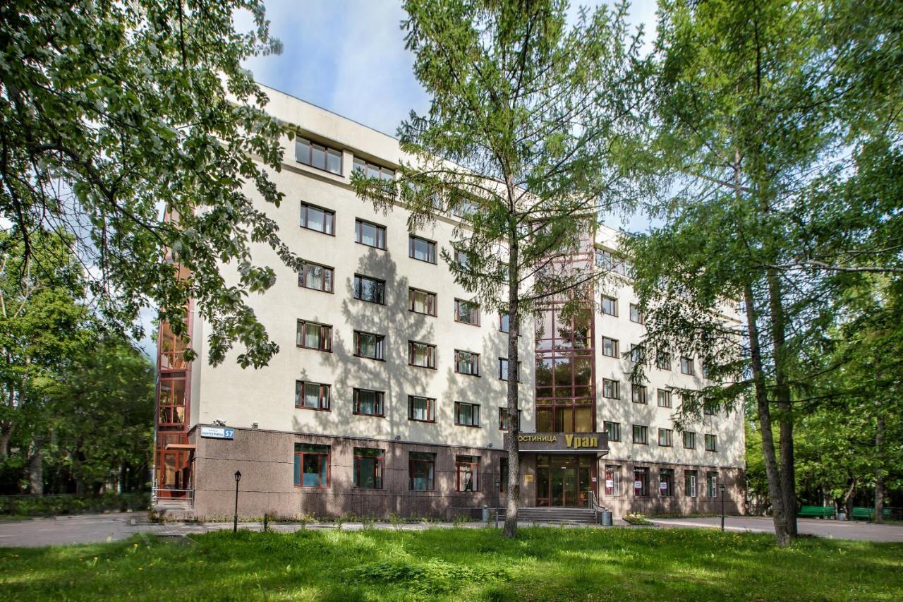 Отель  Гостиница Урал  - отзывы Booking