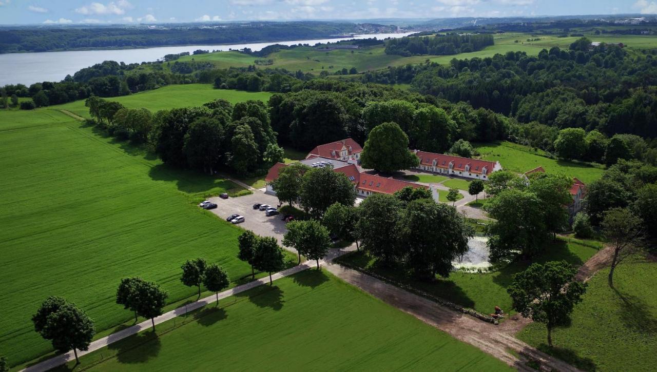 Отель Bramslevgaard