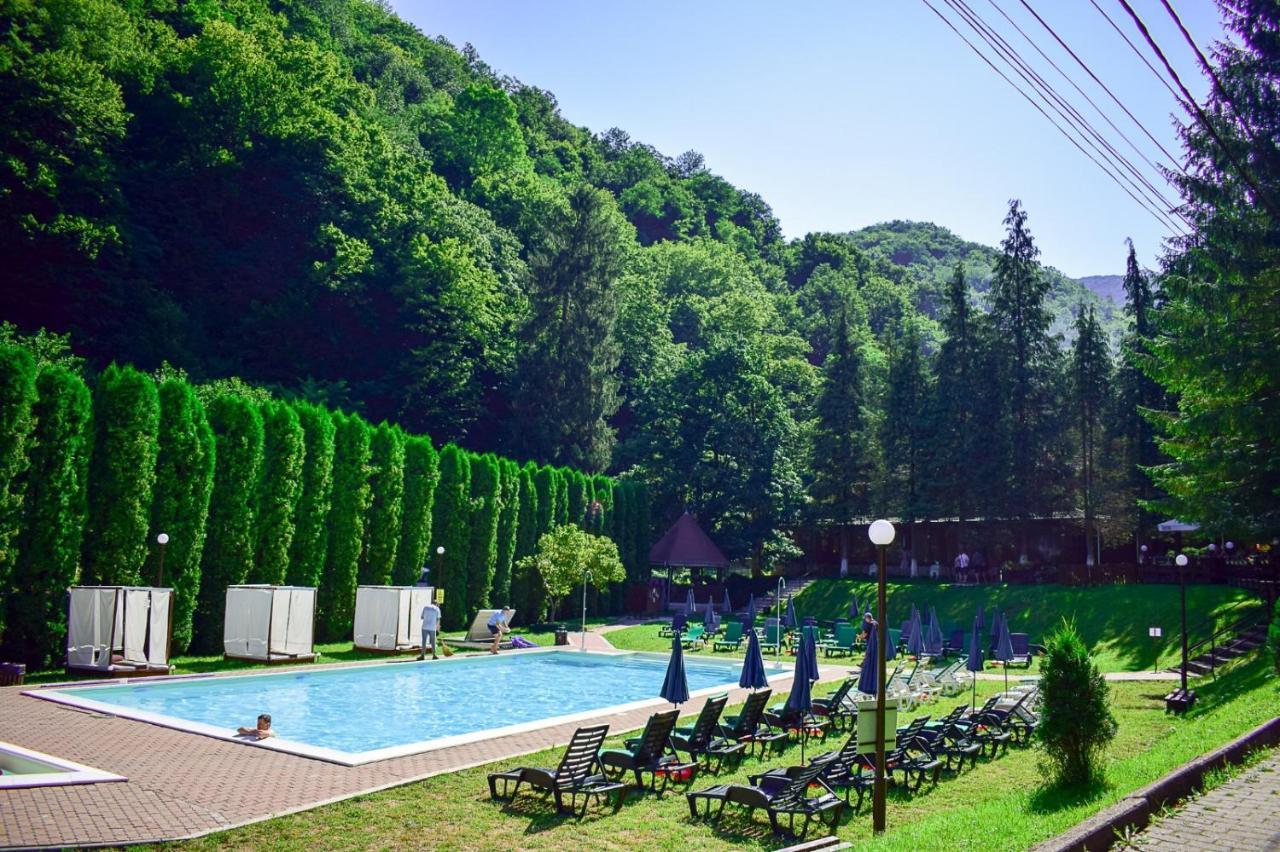 Курортный отель  Valea lui Liman  - отзывы Booking
