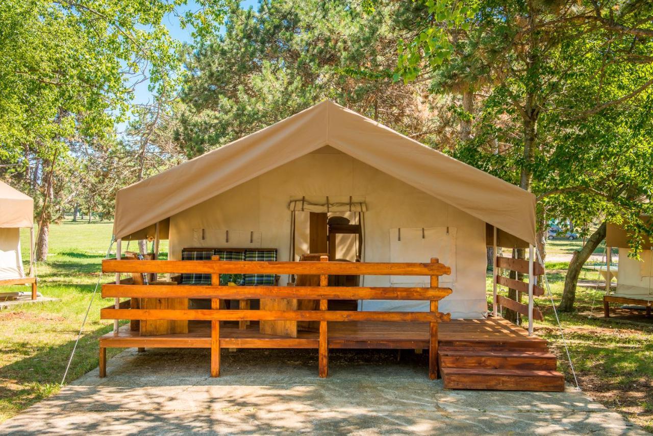 Комплекс для отдыха  SunFlower Camping Savudrija