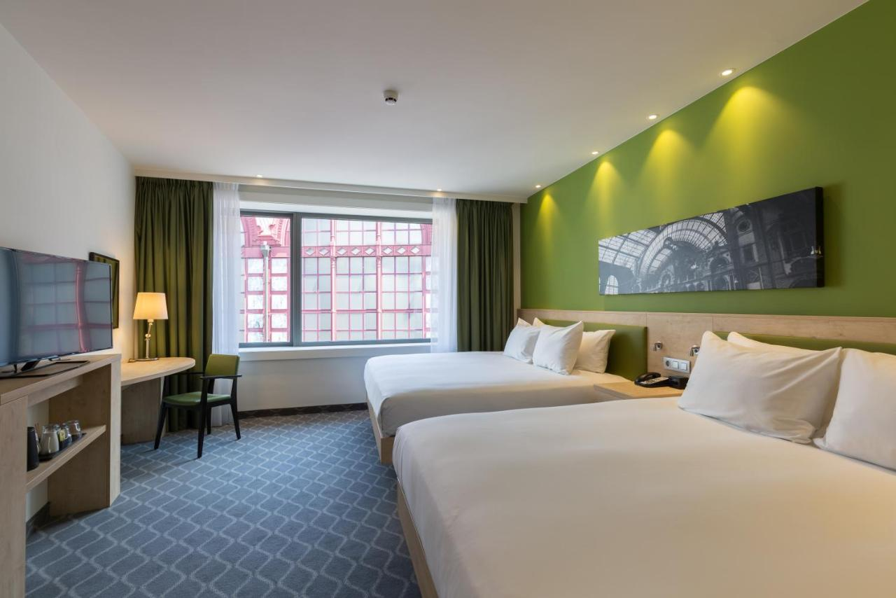 Отель  Отель  Hampton By Hilton Antwerp Central Station