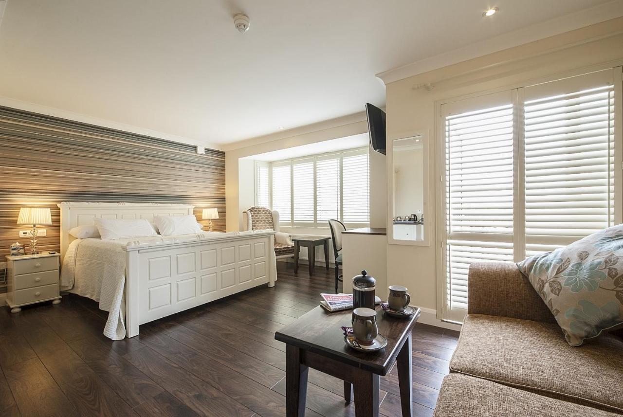 Отель типа «постель и завтрак»  Sea Breeze Lodge B&B  - отзывы Booking