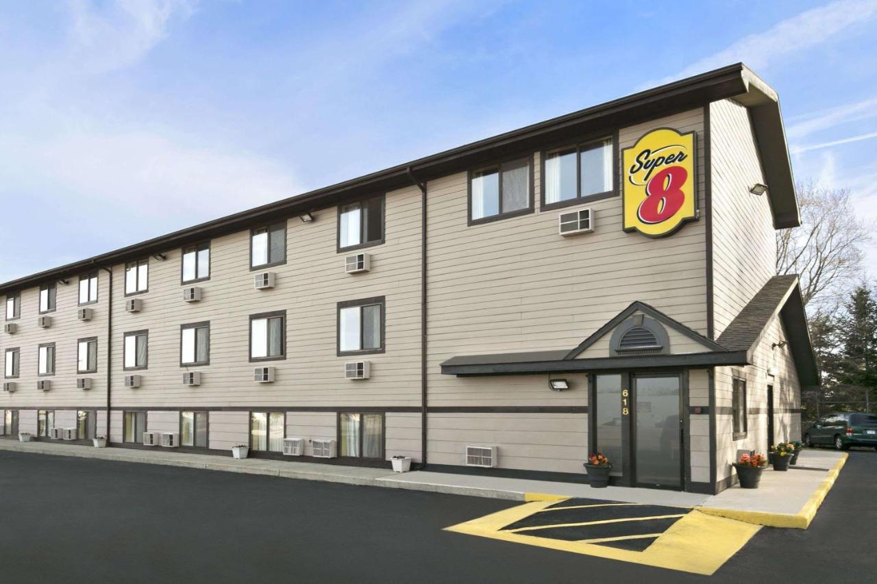 Мотель  Мотель  Super 8 By Wyndham Kalamazoo