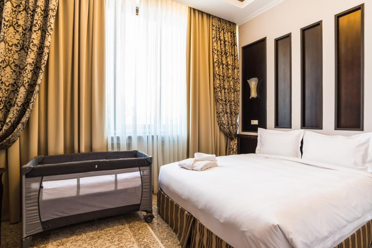Отель  Royal Park Hotel  - отзывы Booking