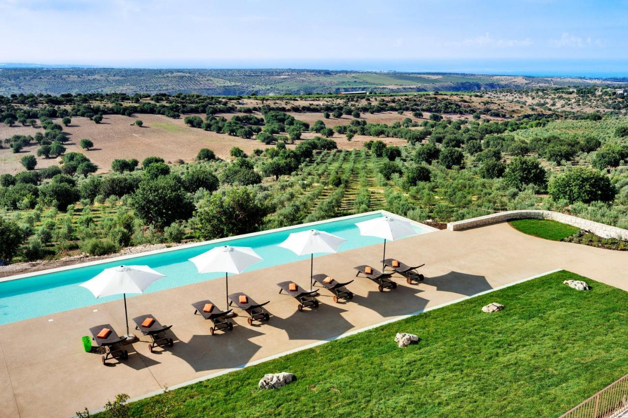 Курортный отель  Relais Chiaramonte  - отзывы Booking
