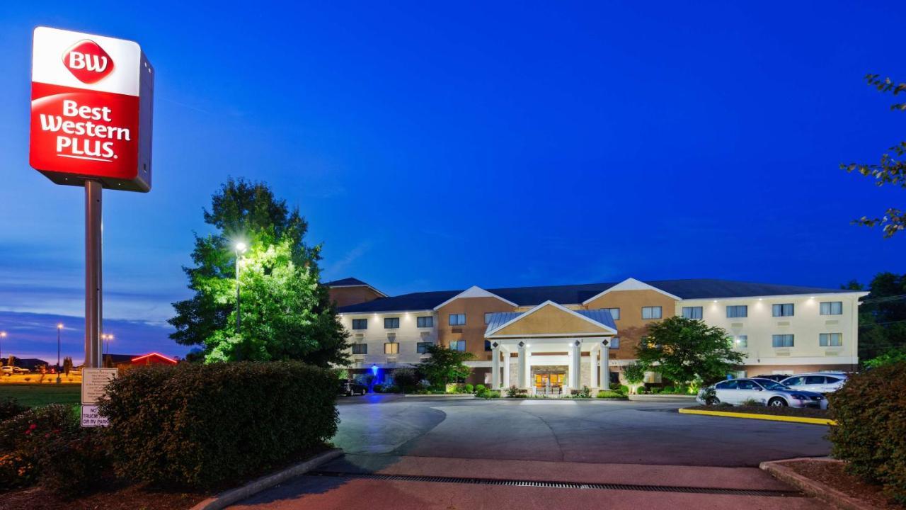 Отель  Отель  Best Western Plus Georgetown Corporate Center Hotel