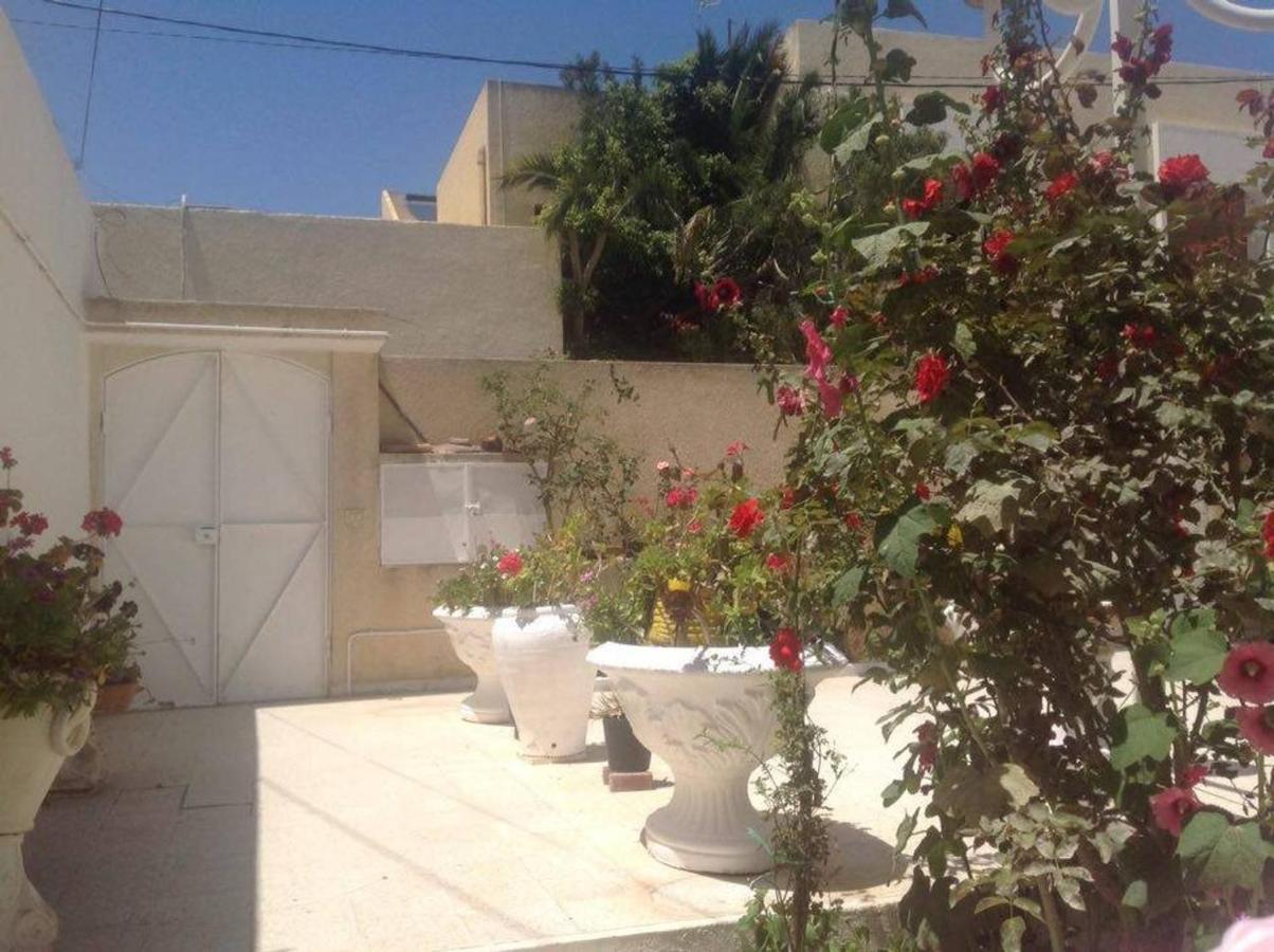 Апартаменты/квартира  Studio en plein zone touristique avec wifi, IPTV et Clim  - отзывы Booking