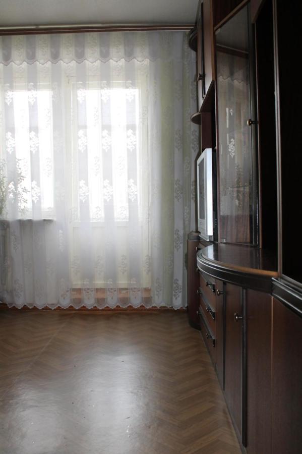 Апартаменты/квартира  Apartment on Prospekt Stroiteley 34B  - отзывы Booking