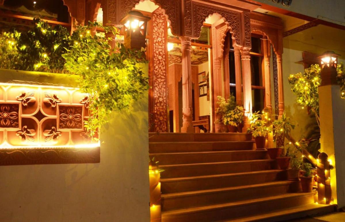 Отель  Teerth Palace Pushkar  - отзывы Booking