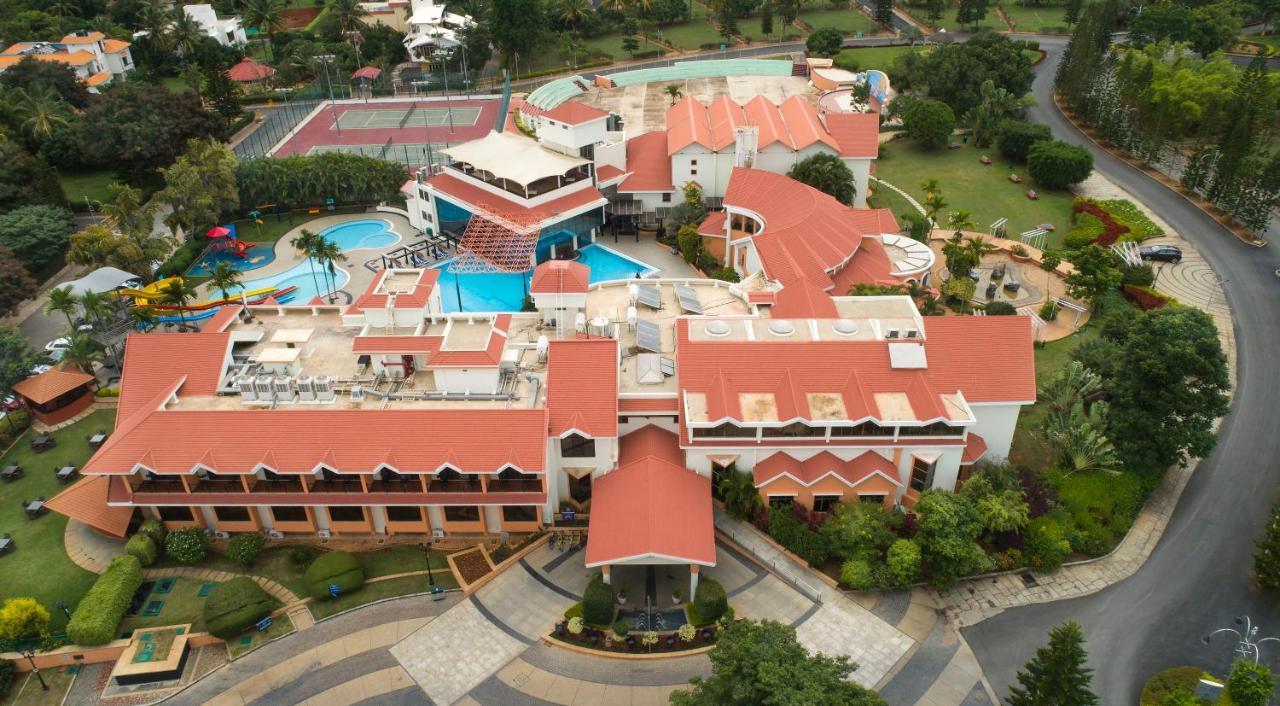 giratorio preparar Melancolía  Resort Clarks Exotica, Devanahalli-Bangalore, India - Booking.com